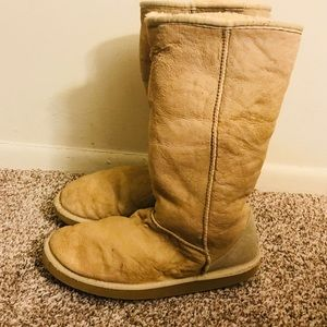 UGG Woman's Tall Boots Size 11